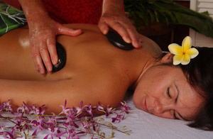 Hot Stone Mana Lomi'ili'ili Massage